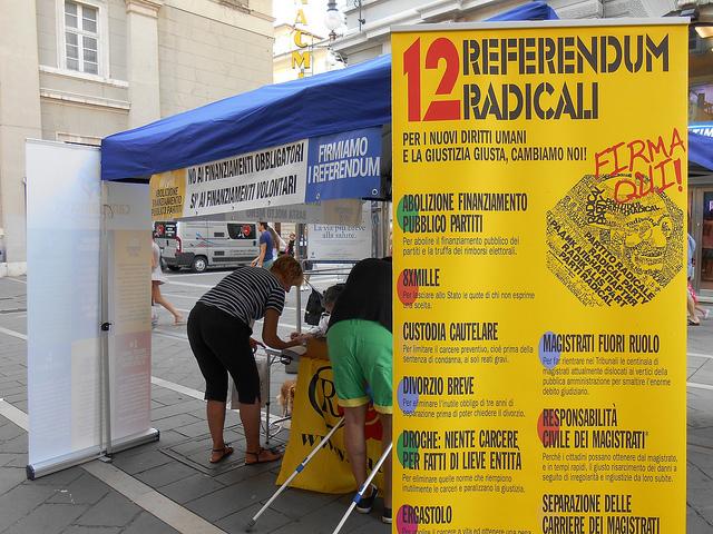 tavolo_referendum_radicali