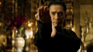 Tony Leng (Ip Man) in una scena del film