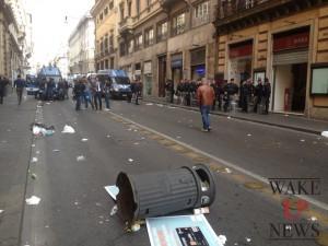 cassonetto-via-veneto-scontri-a-roma-#31o