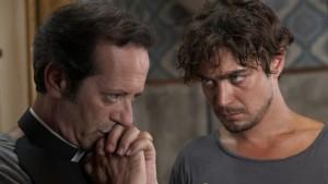 Una scena del film con Rocco Papaleo e Riccardo Scamarcio (cineblog.it)