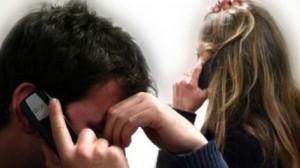 Salute: cellulari, computer e lampadine aumentano il rischio Ictus