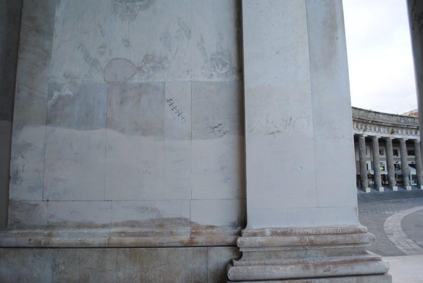 piazza-del-plebiscito-pronao-basilica-vernice