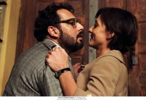 Enrico Brignano e Ambra Angiolini in una scena del film