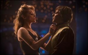 Emmanuelle Seigner (Vanda) e Mathieu Amalric (Thomas) in una scena del film