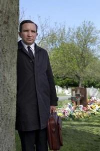 """Eddie Marsal in una scena di """"Still life"""" (liquida.it)"""