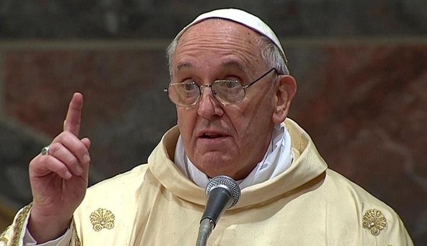 papa-francesco-bestemmie-parolacce-caserta-tv2000