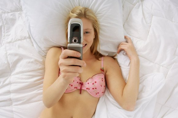 how to bring up sexting to a girl