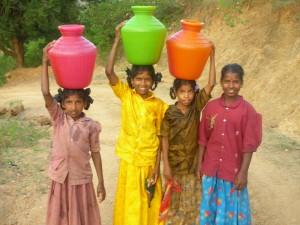 Adolescenti indiane