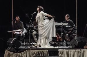 Una scena della pièce 'The wedding singers'