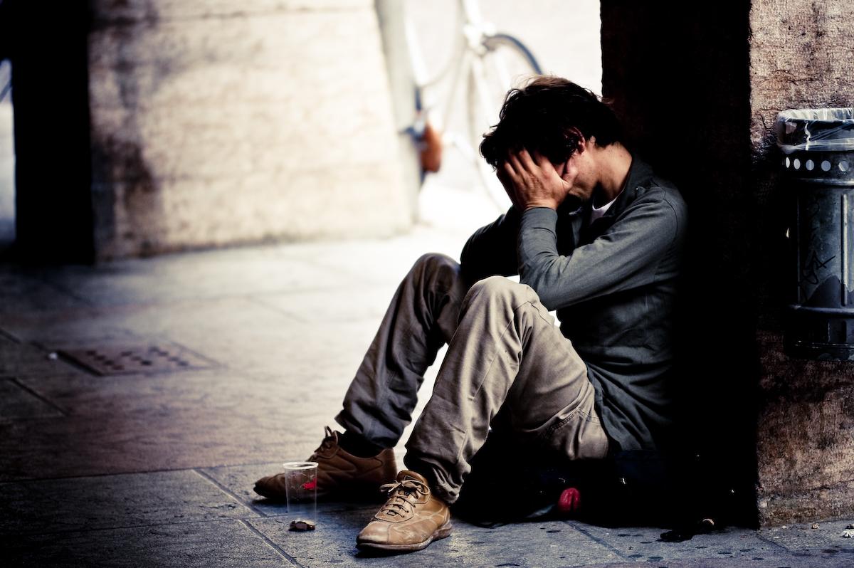 Dopo aver tentato una rapina, un uomo di Travagliato, disoccupato da mesi, si toglie la vita