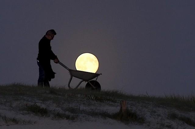 Moon Games, le mille forme della Luna