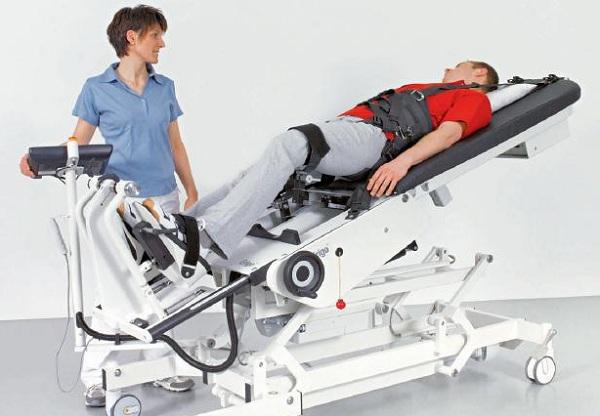 Erigo serve per il simulare il movimento delle gambe in posizione eretta (foto: medimex.athlex.free.fr)