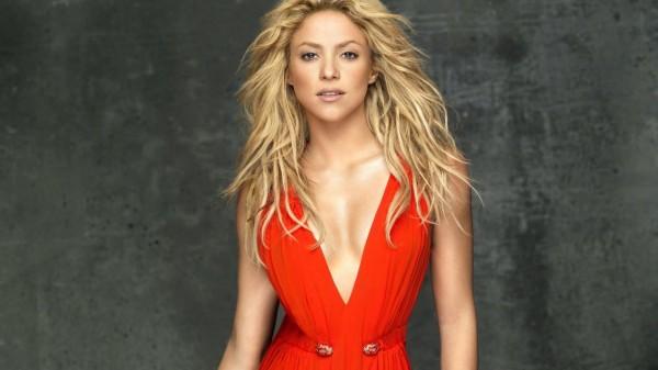 Shakira ha conosciuto il fidanzato Gerard Piqué girando il video di Waka Waka nel 2010 (foto: vidzshare.net)