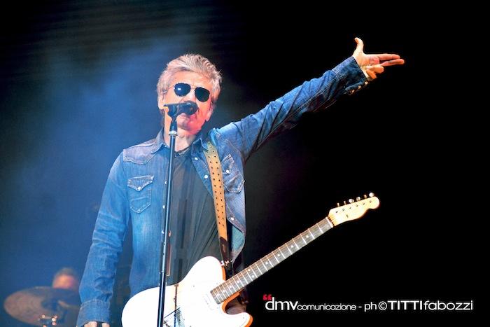 Luciano-Ligabue-Mondovisione-Tour-Stadi-2014-stadio-Arechi-salerno-concerto-scaletta-foto-9