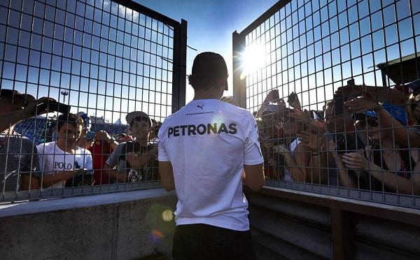 Hamilton è arrivato all'Hungaroring con uno svantaggio di 14 punti rispetto al suo rivale (foto:  Photo4)