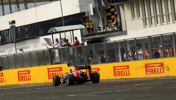 A vincere è stato Daniel Ricciardo che, al primo anno di Red Bull, bissa il successo del Canada (foto:  Photo4)
