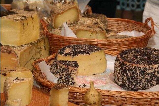 mercatino del gusto formaggio