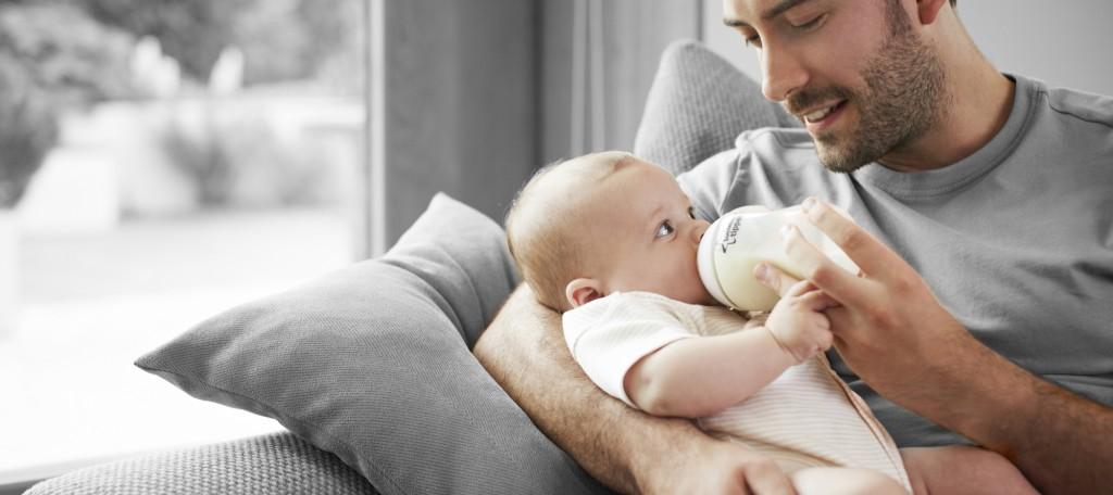 pappa allattamento biberon (blog.pianetamamma.it)