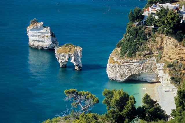 Gli splendidi paesaggi naturali della Puglia
