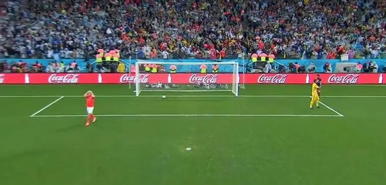 video-rigore-vlaar-olanda-argentina-romero-gol-spalla