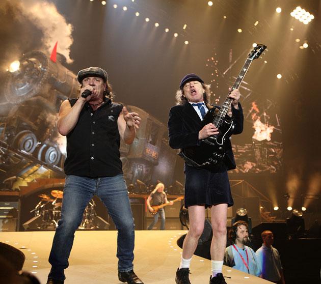 AC-DC-nuovo-album-2014-tour-2015-italia
