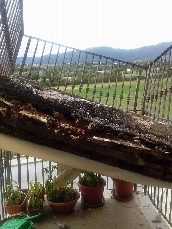 Il crollo del balcone