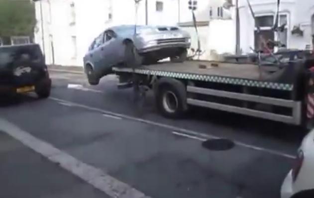 fast-and-furious-carro-attrezzi-divieto-di-sosta