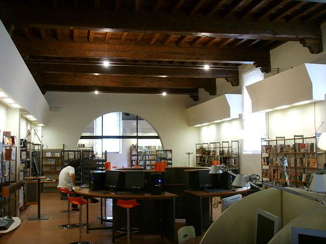 Biblioteca delle Oblate, Firenze
