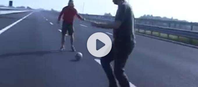 La partita a calcio sulla Brebemi