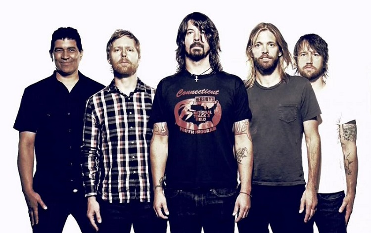 Foo-Fighters-band-promo sonic highways - mtv com