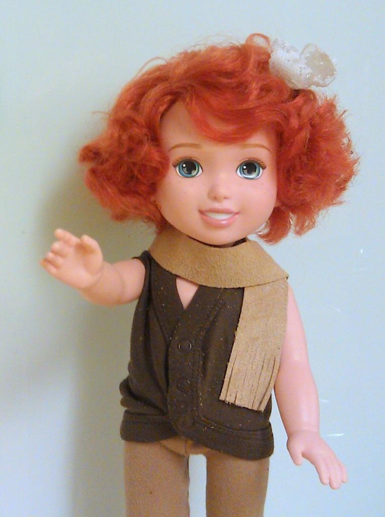La bambola che riproduce Marie Curie