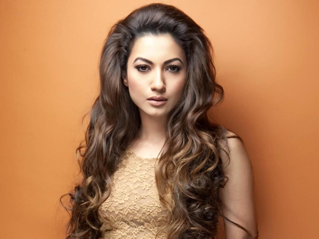 L'attrice e modella indiana Gauhar Khan (Fonte foto: www.s1.zetaboards.com)