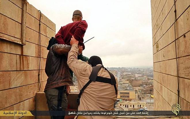 video-foto-isis-gay-tetto