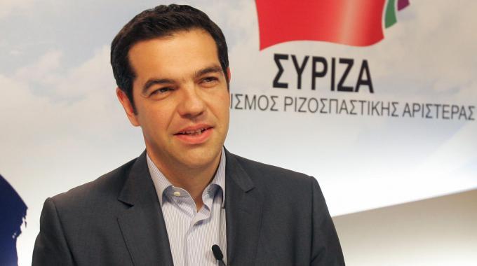 Alexis Tsipras, leader del partito Syriza e superfavorito alle elezioni di oggi (Fonte foto: www.qn.quotidiano.net)