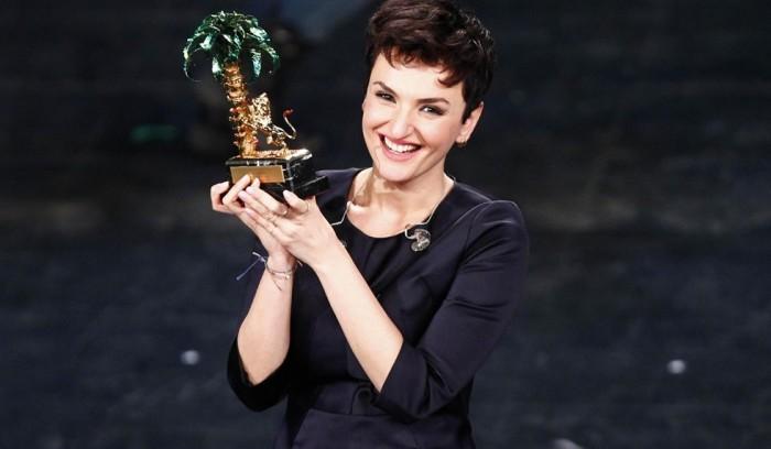 Arisa-vincitrice-Sanremo-2014-2015