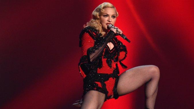 Madonna durante l'esibizione ai Grammy Awards 2015