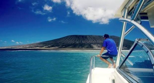La nuova isola emersa al largo di Tonga, nell'Oceano Pacifico (Fonte foto: www.ilmattino.it)