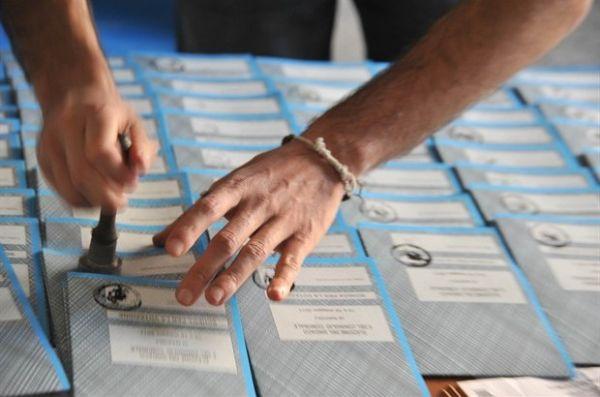 il 27 aprile voto sull'italicum - www.politx.it