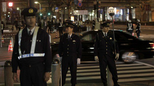 Polizia Giappponese (Fonte foto: www.gds.it)