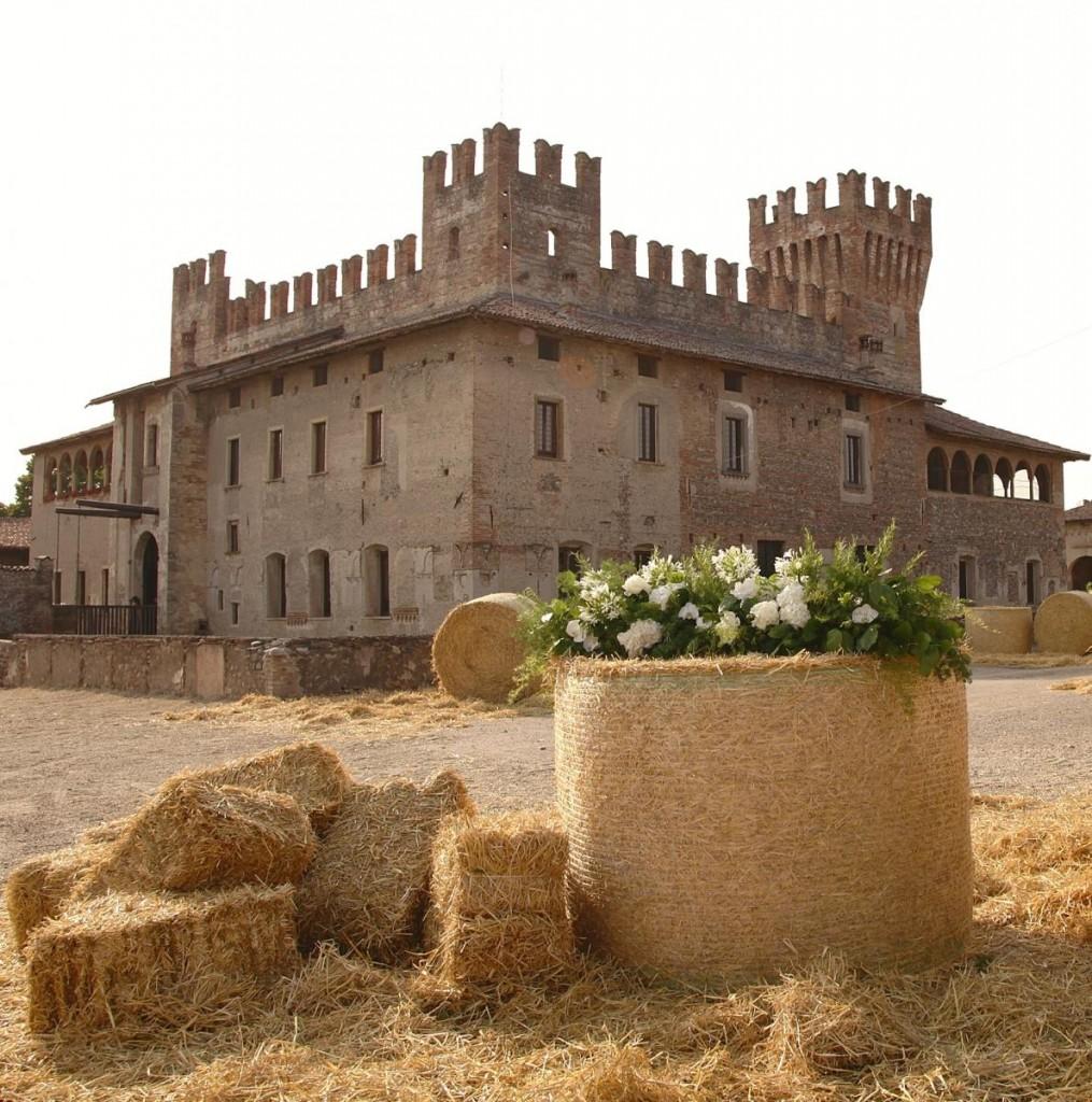 Il Castello di Malpaga, in provincia di bergamo (www.eventiesagre.it)