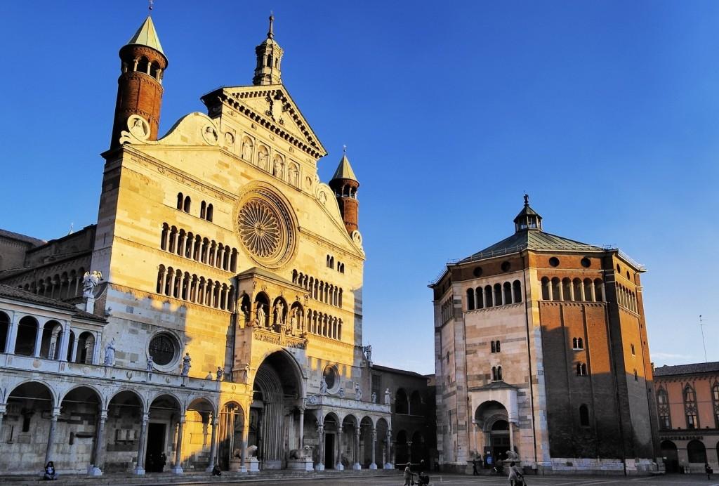 Il duomo di Cremona (www.mangiarebuono.it)