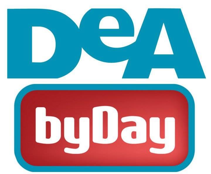 (www.facebook.com/DeAbyDay/photos_stream)