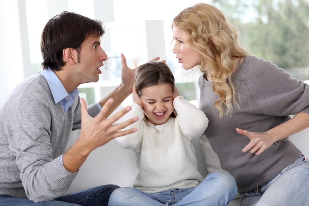 Lite tra genitori davanti ai figli (www.mamme.letteradonna.it)