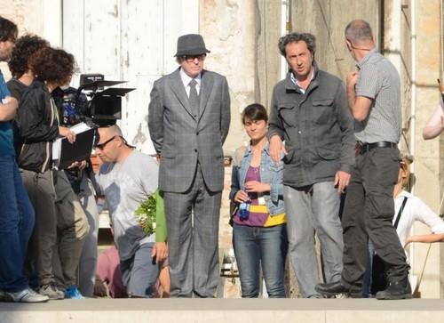 Michael Caine e Paolo Sorrentino durante le riprese (lastampa.it)