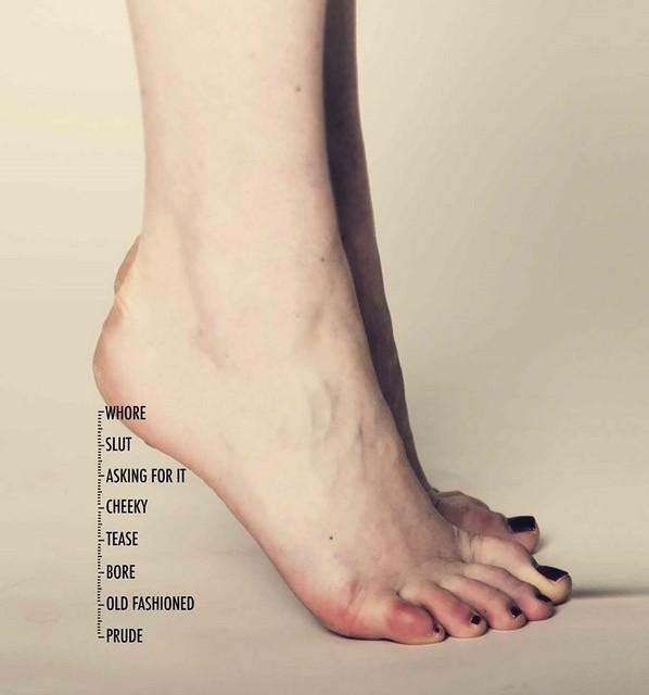 Don't measure a woman's worth by her clothes, la campagna di Terre des Femmes (fonte: boredpanda.com)