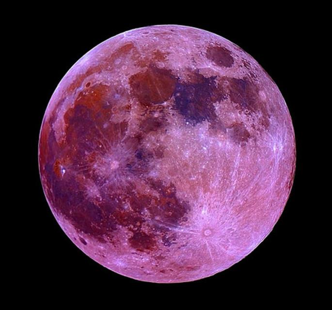 La luna rosa si potrà ammirare stasera nei cieli di tutta Italia (www.modenatoday.it)