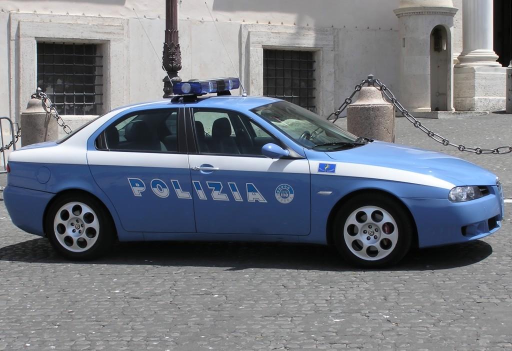 Una macchina della Polizia di Stato (www.wikipedia.org)