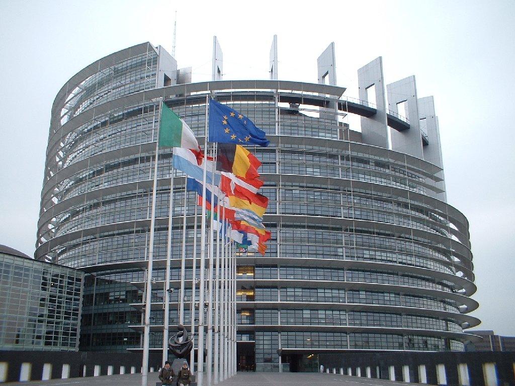 Il Parlamento Europeo (www.emiliaproduzioni.it)
