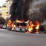 Autobus in fiamme nella capitale (roma.corriere.it)