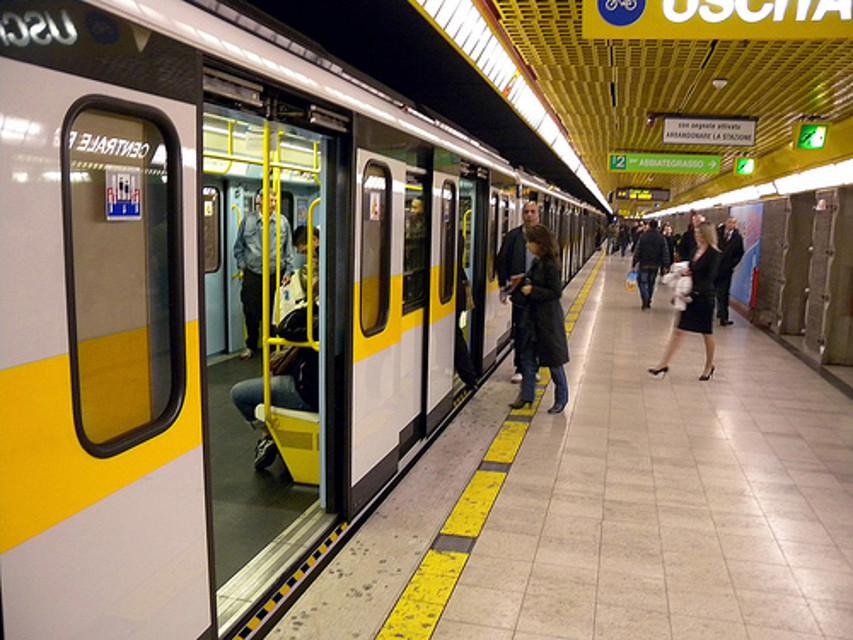 Metropolitana di Milano, fermata Duomo (1.citynews-milanotoday.stgy.it)